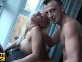 Дойки ком женская драка с сиськами просмотр видео в онлайн dojki com