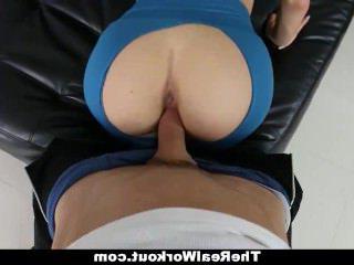 Дойки ком порнуха сиськами больших размеров dojki com