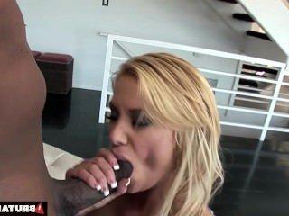 Дойки ком порно грудастые девушки dojki com