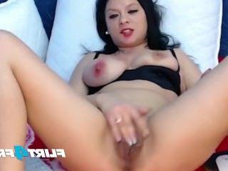 Дойки ком секс с вампиршей с большими сиськами dojki com
