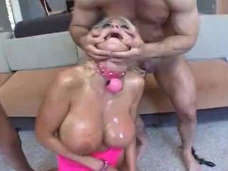 Дойки ком голая сисястая секретарша dojki com